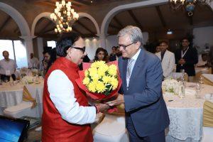 Mr. Rajiv Mathur, CEO SkillEd India felicitating Mr. Gaurav Kapoor, Senior Head - Industry Partnership, CSR Engagements; Media & Advocacy, NSDC