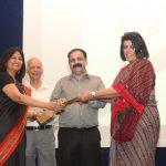 Ms Sunitha Nambiar- CEO Kunskapsskolan India and Ms Sabreena Talwar - Head of Kunskapsskolan School Gurgaon from Kunskapsskolan thanking Dr. V. S. Mehrotra from PSSCIVE